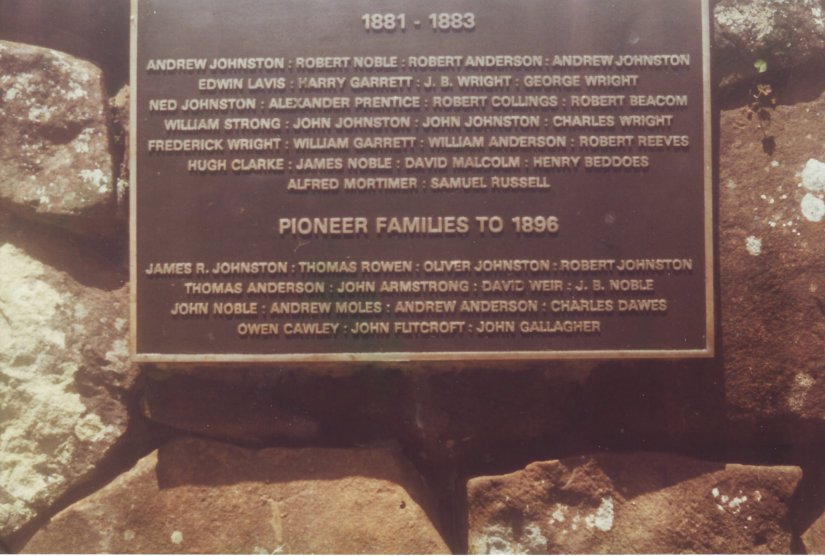 plaque listing pioneer families NSW