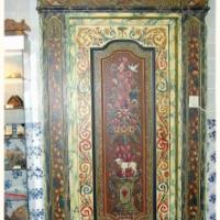 Hindeloopen painting -a Traditional Decorative Art
