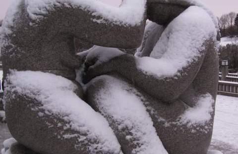 statue vigeland