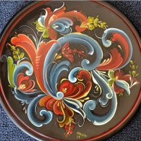 Rosemaling and Art Coloring in Designs