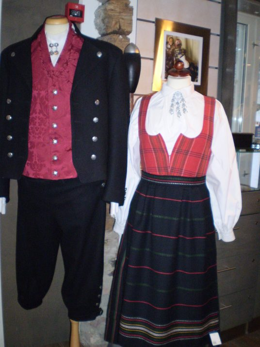 norwegian folk costue