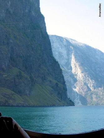 Cruising the Nærøyfjord