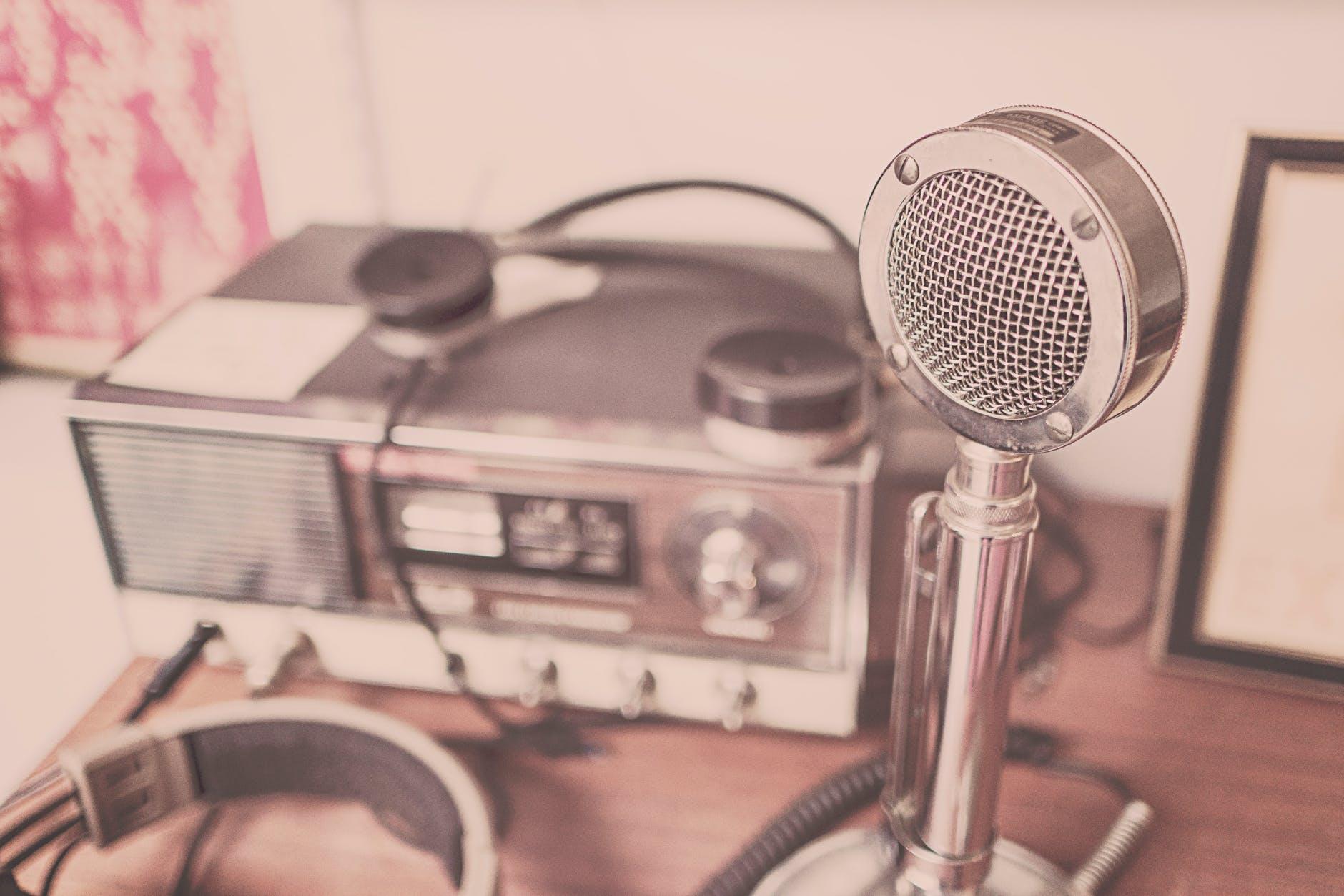 sound speaker radio microphone
