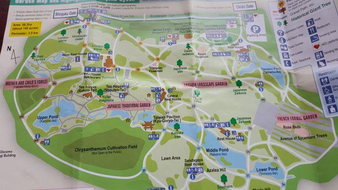 Map of Shinjuku Gyoen National Garden showing walkways