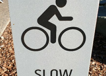 slow down siogn for cyclists